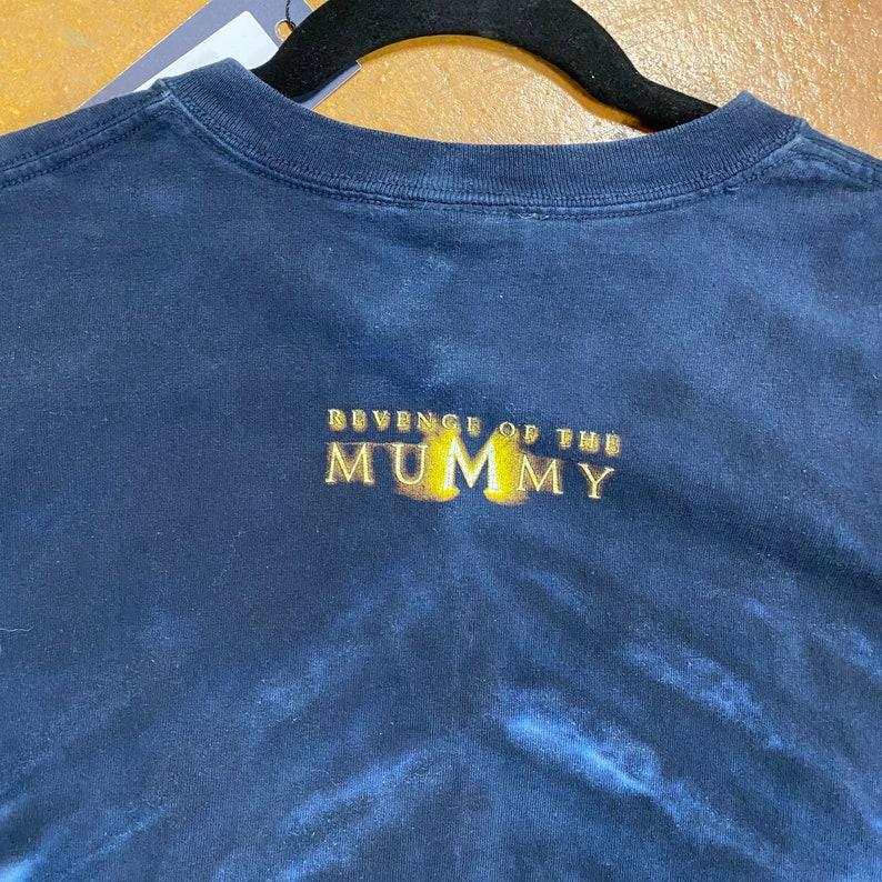 90s Revenge of The Mummy T-shirt Men\u2019s Medium