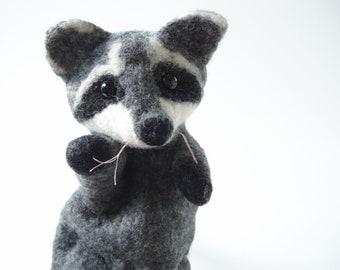 Hand puppet - raccoon, felted hand puppet raccoon, raccoon made of felt