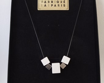 Cubes - Contemporary necklace in white concrete and steel
