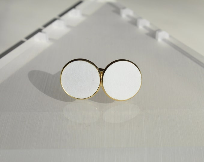 Boutons de manchettes - acier doré et béton blanc -