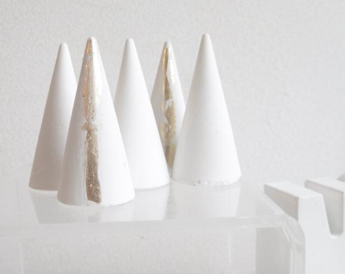 Trio de cônes porte-bagues