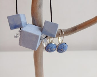 Jewelry box - Blue concrete adornment - Necklace Cubes and earrings