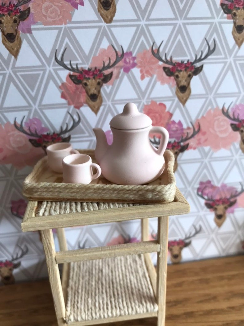 Magnificent 1 12 Scale Dollhouse Old Fashioned Wooden Tea Tray With Or Without Pink Teapot And 2 Mugs Interior Design Ideas Gentotryabchikinfo