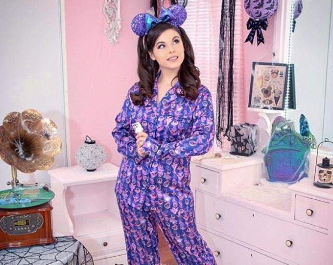 Happy Hauntings Mansion Haunted Retro Long Sleeve Pajamas