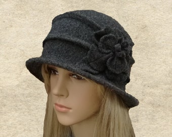 Winter cloche hat  98f8b1fca5a