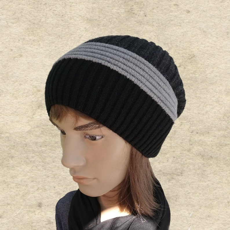 34828f85c0cb8 Winter men s hat Mens slouchy beanie Knit slouch hat