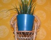Vintage Flower Bank Doll Seed Basket Basket 70s Retro Design Wicker Chair Retro Mid Century Peacock