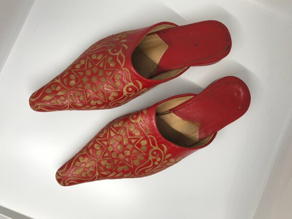 Red vintage 80s mules, leather shoes, point square