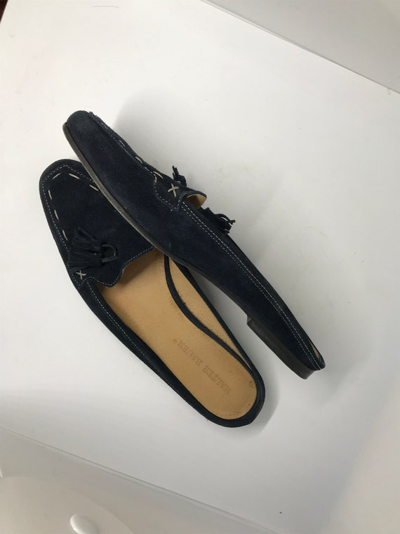 Dark blue vintage 80s womans shoes, blue suede moc