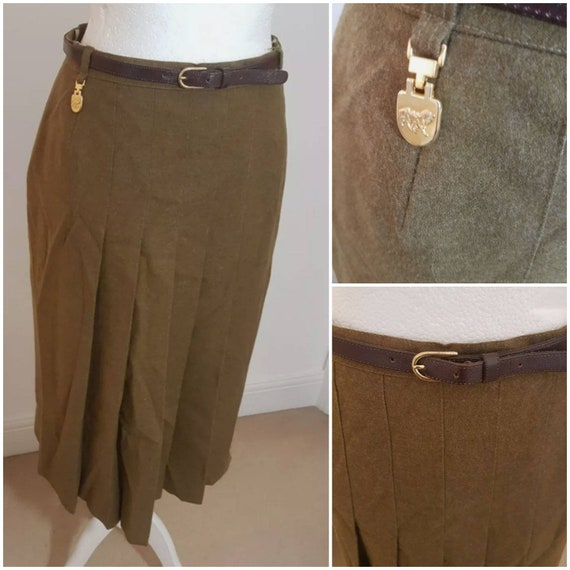 True Vintage 70s does 30s / 40s Military Green Lon