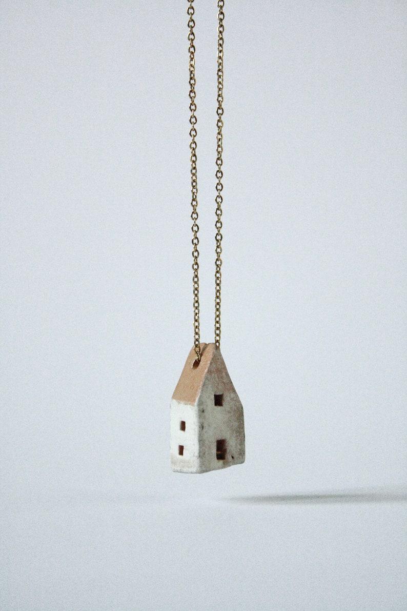 HOME  Ceramic necklace image 0