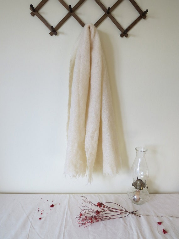 Mohair blend ivory shawl scarf