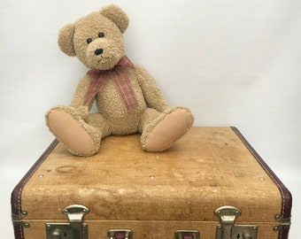 Vintage Mid Century Hard Sided Suitcase / Overnight Case / Retro Travel Case / Vintage Train Case