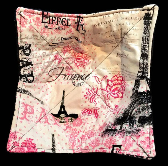 Microwave Bowl Cozy, Paris Eiffel Tower, hot pad, Quilted, pot holder, Soup Bowl, Ice Cream Bowl, Plate Cozy