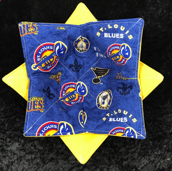 Bowl cozy microwavable, St. Louis Blues, Blue Note Throwback Print, NHL, hot pad, Quilted, pot holder, Soup Bowl, Ice Cream Bowl, Plate Cozy