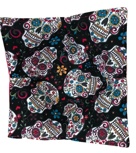 Bowl cozy, microwavable, Sugar Skulls Folkloric, Quilted, pot holder, hot pad, cozie or trivet.
