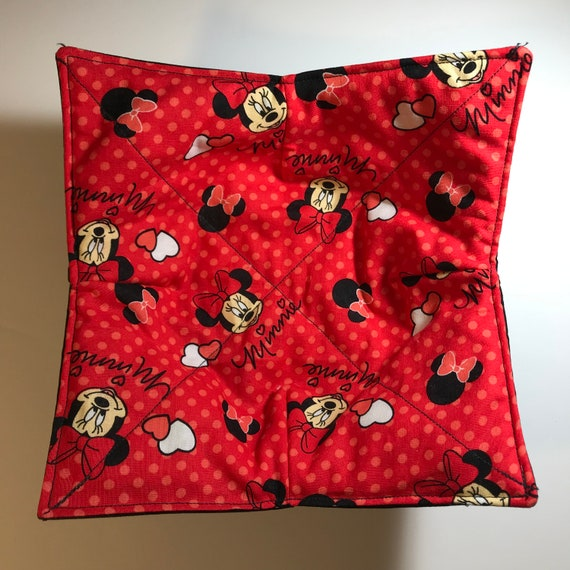 Minnie Mouse microwavable bowl cozy, Minnie Faces, Quilted, pot holder, cozie or trivet, hot pad