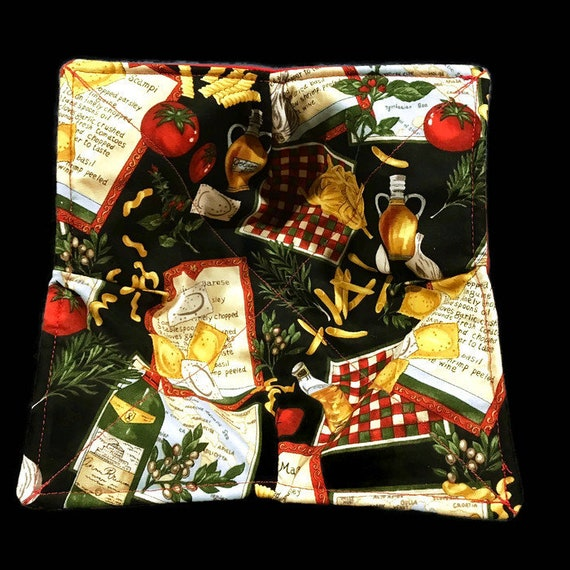 """Microwave bowl cozy, """"The Italian Chef's Choice"""", Quilted, pot holder, Soup Bowl, Chili Bowl, 100% Cotton"""