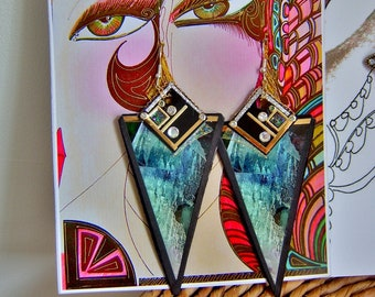 recycled earrings geometric green shimmer quartz shard mod cosmos sci fi comic con art deco biba quartz rock crystal vintage pop jewellery