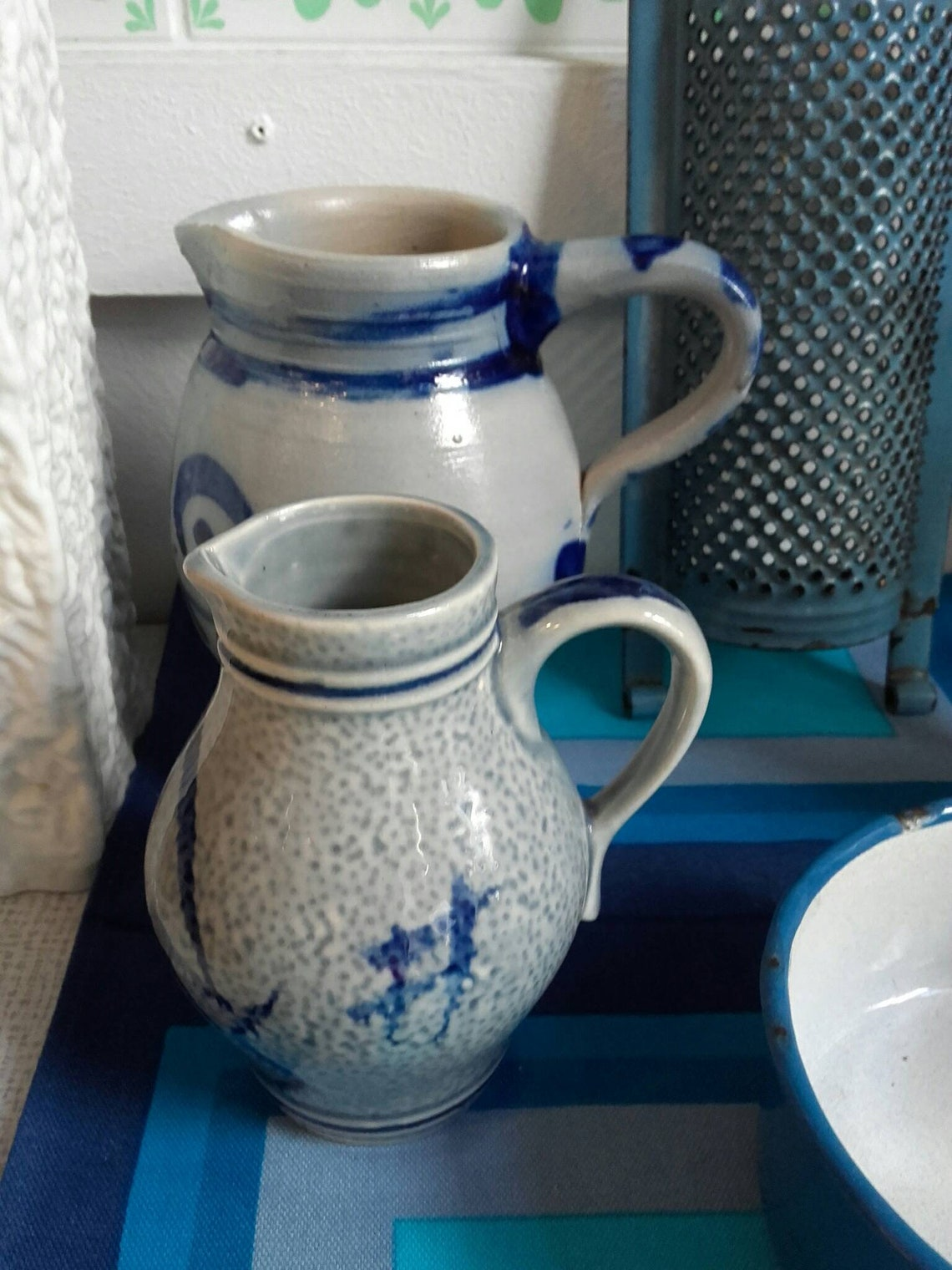 Bembel wine jugs and vases in different design