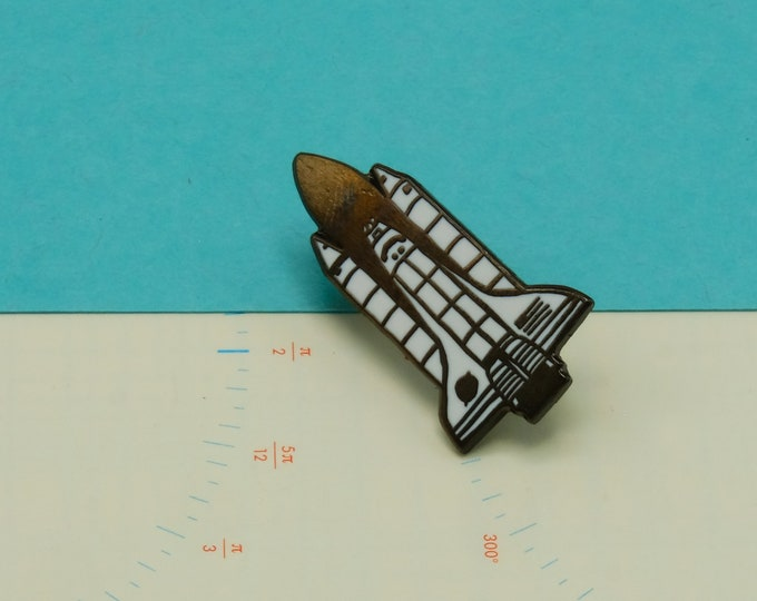 Space Shuttle Pin (Large)