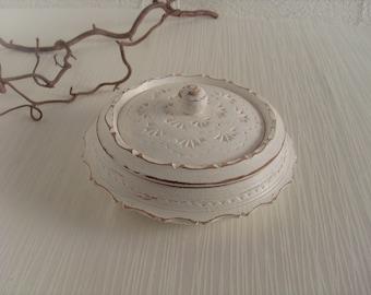 Wooden box Lidded box Jewelry box storage round white Shabby Chic