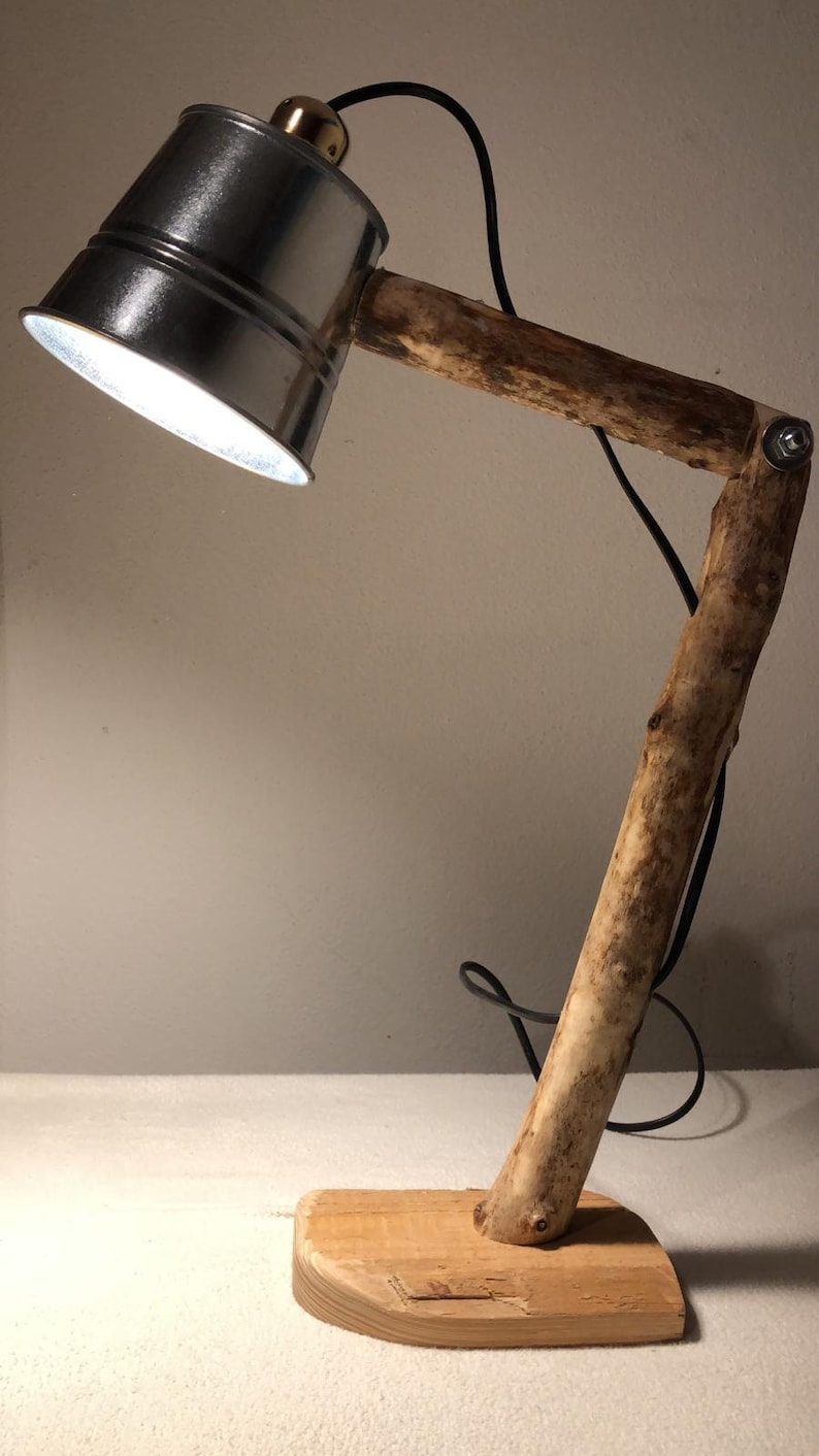 Reading lamp a fine all-rounder made of wood Stainless steel bucket Stylish and rustic