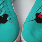 Mickey and Minnie Mouse (1 pair) - Lace Lock - Custom your shoes!  - Lace Tags