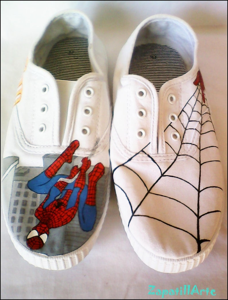 33c2f5d28cc3a Personalized Slippers ' Spiderman '