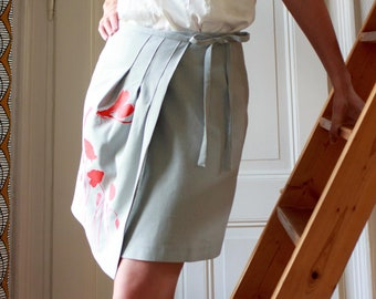 Winding skirt with screen print/poppy flowers and Dragonfly
