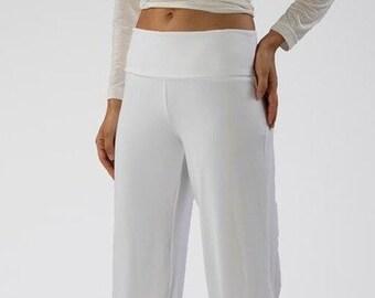 Yoga, wellness pants white for Kundaliniyoga