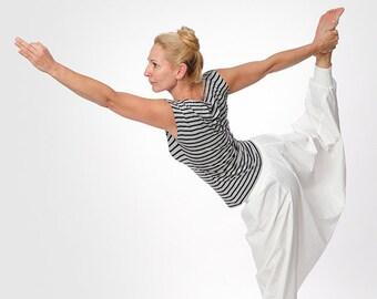 Oriental yoga pants striped
