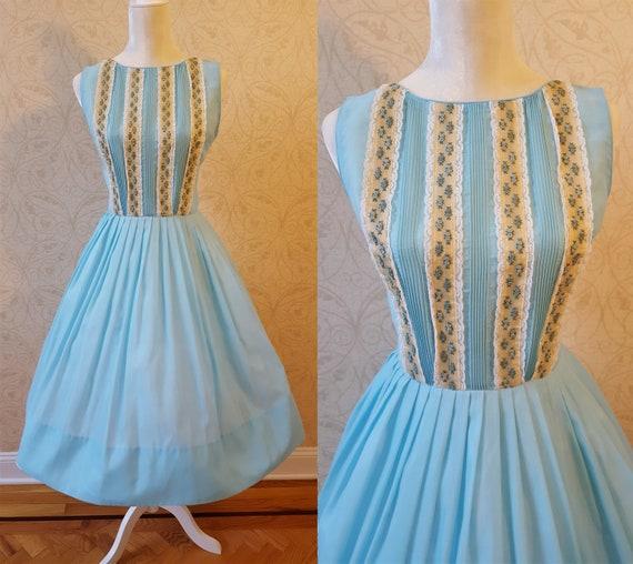 """Vintage 50's Blue Rose Floral Sleeveless Dress 28"""""""