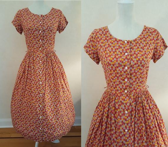 "Vintage 50's Heart Novelty Print Dress 28"" Waist"