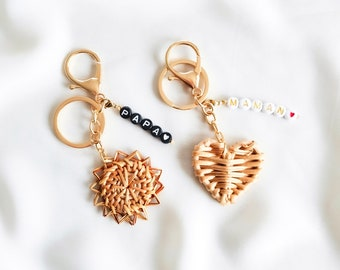 Rattan keyring with MANTRA charms to customize