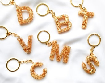 Key rings letters - resin figures with inclusion of gold leaf