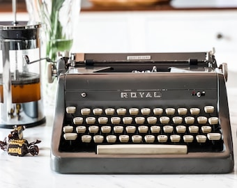 1956 Charcoal Royal Quiet Deluxe | Serviced, Cleaned, Tested | Demo Video | Backspace & M-R don't work | Ideal for Casual Use | Sold AS-IS