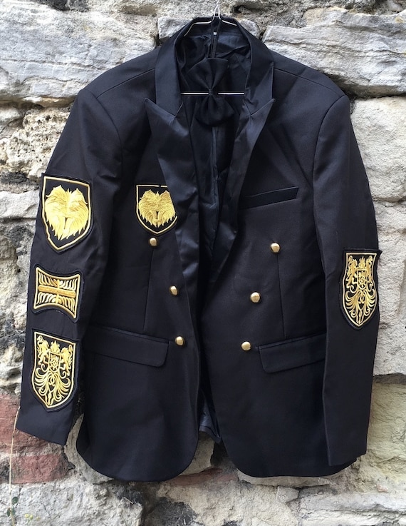 Show jacket with bow tie