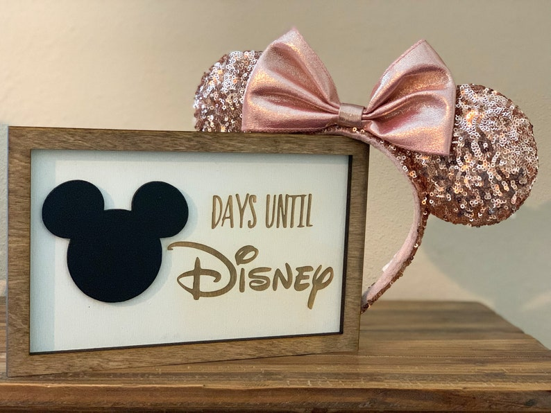 Large Countdown to Disney Framed Sign  7 x 10 image 0