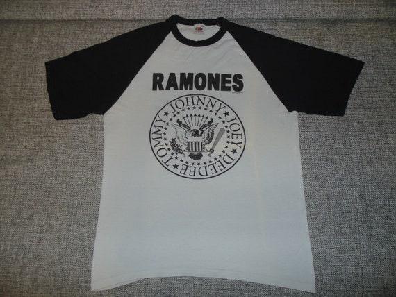 Ramones baseball shirt M 2005