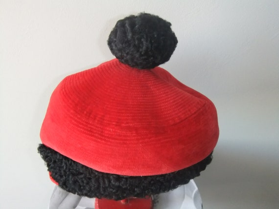 French lady beret vintage red velvet and fake astr
