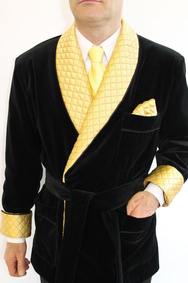 Man Smoking Jacket Quilted Black Velvet Robe de Chambre Dressing Gown Evening Coat Dinner Cocktail Party Host Wear Blazer
