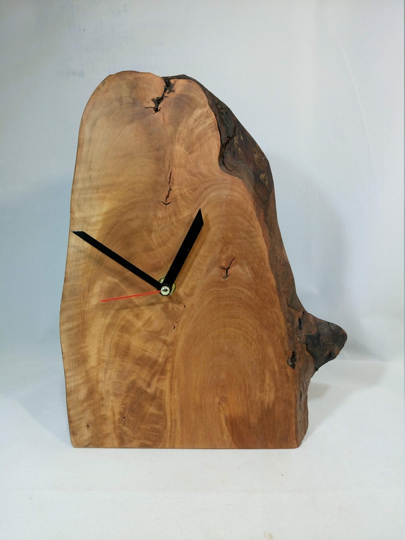 Watch stand clock from pear tree image 0