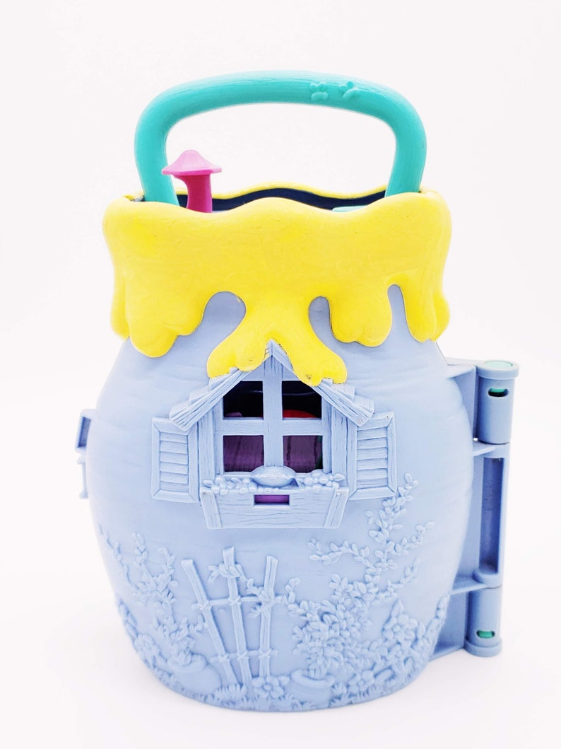 Vintage Disney Winnie the Pooh Honey Pot Fun Carry Around Playset Pooh Bear Piglet Tigger