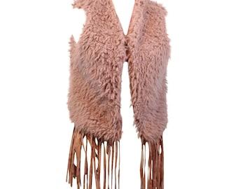 3015d02cd0c309 HIP Damen Fellweste Kunstfell Weste Blogger Weste Kunstfell kurz mit  Fransen Boheme Style Faux Fur (Farbe: Rosa, Größe: Unisex)