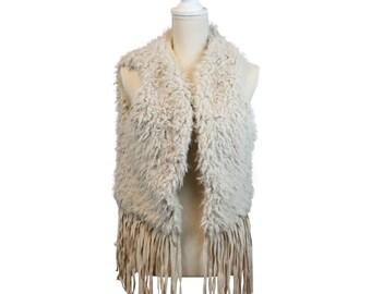 e21dfd14732339 HIP Damen Fellweste Kunstfell Weste Blogger Weste Kunstfell kurz mit  Fransen Boheme Style Faux Fur (Farbe: Beige, Größe: Unisex)