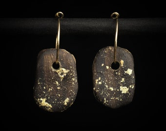 """Creole with pendant made of clay, """"Gold Rush"""""""
