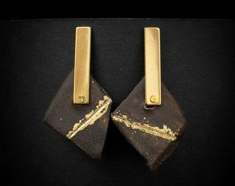 "Earrings in clay, ""Gold Rush"""