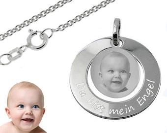 Anhänger Babyfüße mit dem ausgestanztem Herz Gold333 /& Silberkette und Gravur