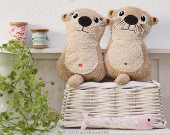 "ITH Embroidery File MINI Otter 13x18 / 5""x7"""